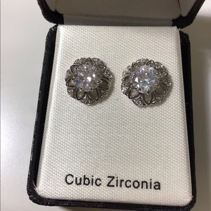 GORGEOUS Diamond and silver earrings!